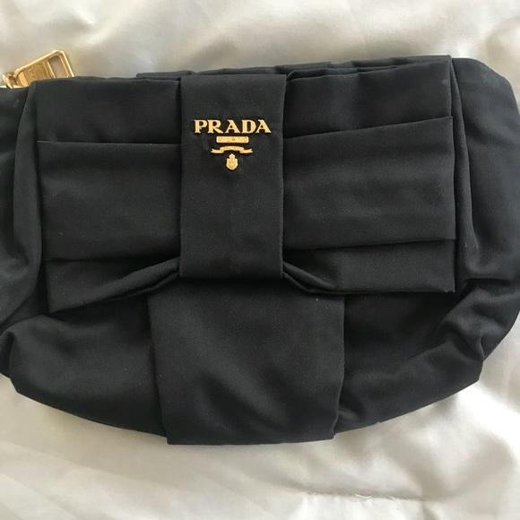 Prada Bags   Original Wristlet   Poshmark 7dbc791891